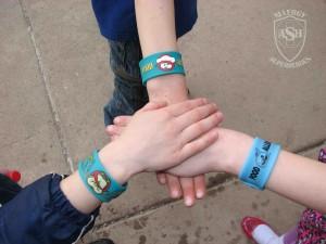slap-bracelets-food-allergy-superheroes-2